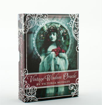 Bild på Vintage Wisdom Oracle (52-card deck & 80-page guidebook)