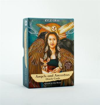 Bild på Angels and Ancestors Oracle Cards