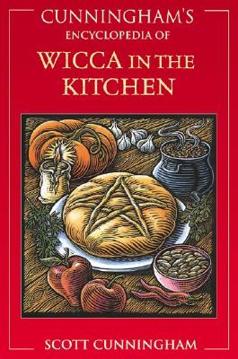 Bild på Cunningham's Encyclopedia of Wicca in the Kitchen