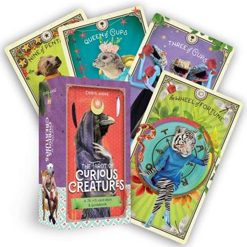 Bild på The Tarot of Curious Creatures